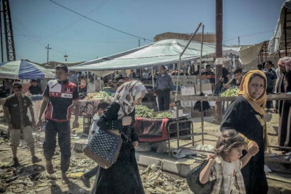 Acnur aumenta ajuda humanitária para quem retorna a Mossul, no Iraque.(📷 Ocha/Kate Pond/ONU/Arquivo) https://t.co/ytidOd4mIO