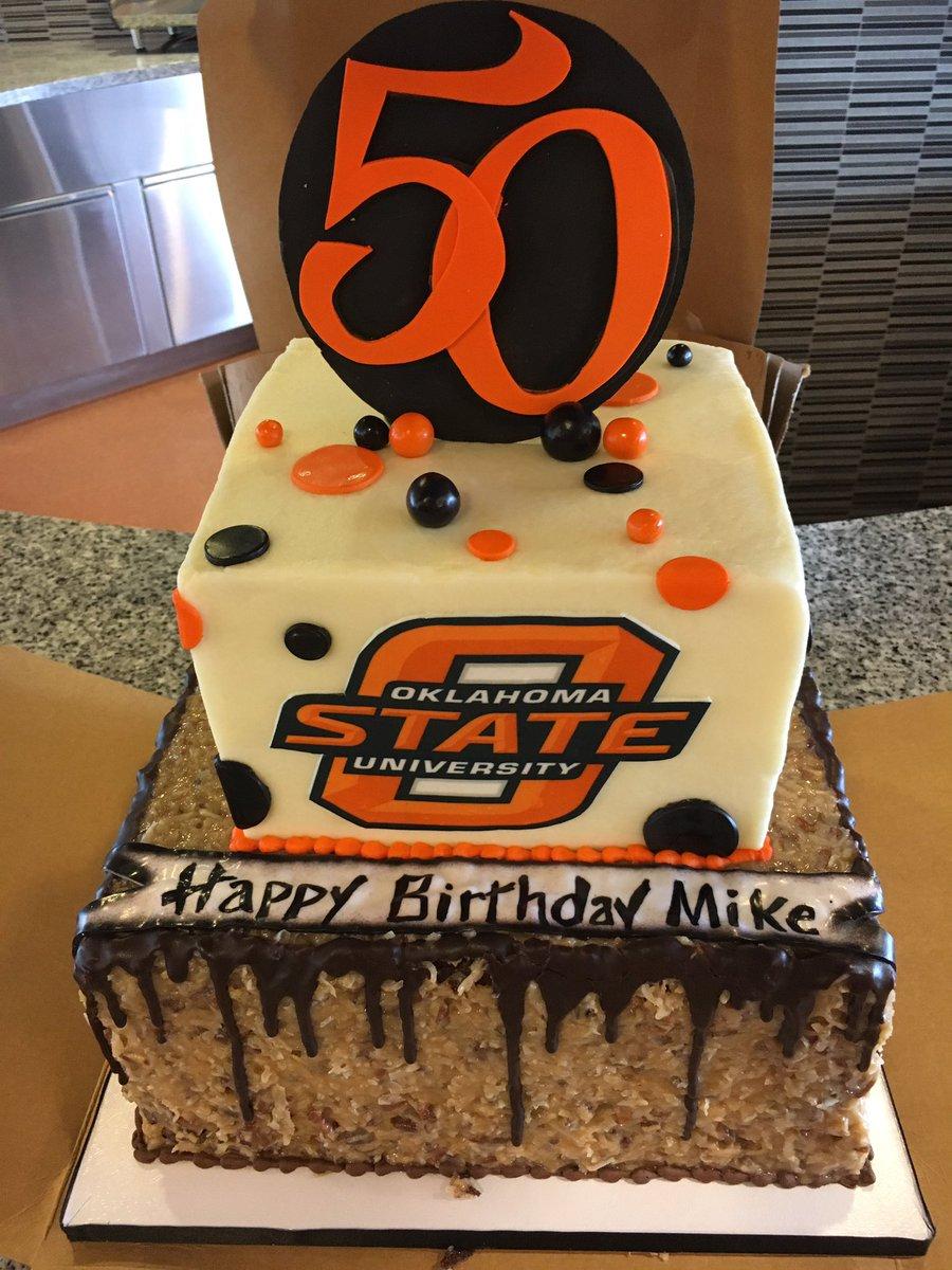 Kristin Barron On Twitter Happy Birthday That Cake Looks