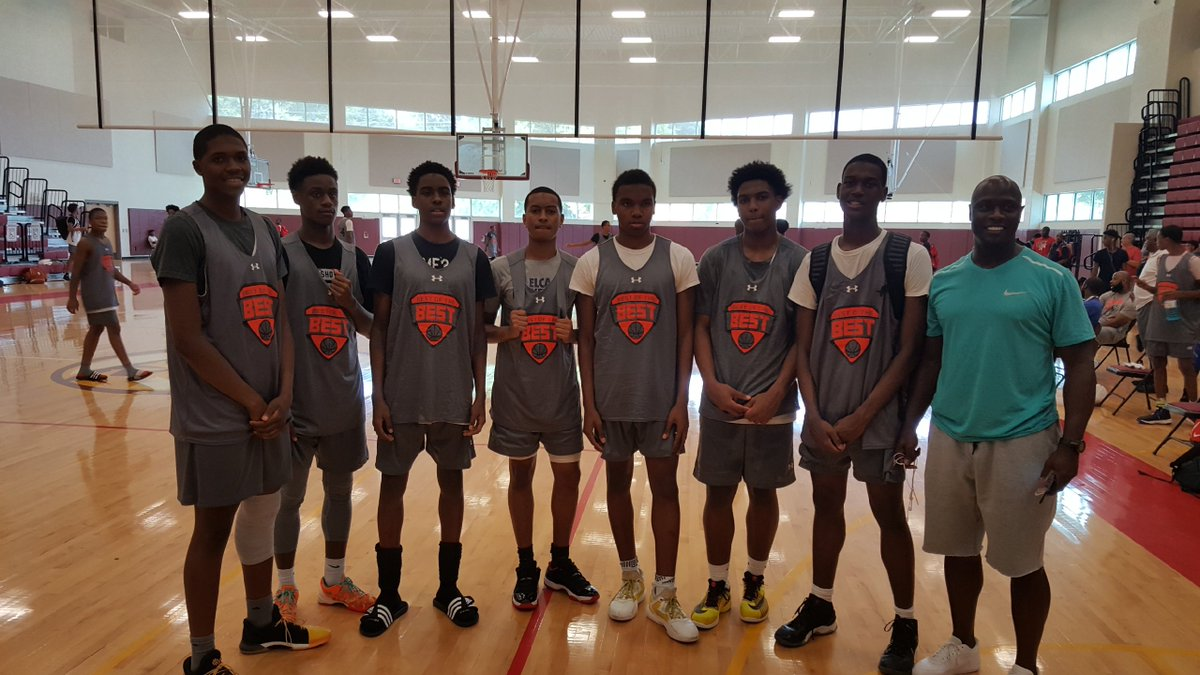 Congrats to members of our team for making the All-Star team during the Best of the Best Under Armour Camp #Humble&amp;Hungry @elca_basketball<br>http://pic.twitter.com/8aHi88xcYY