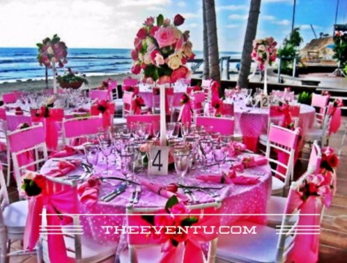 Centerpieces on the tables are one of the most important components of any formal or semiformal dinner event. #EventDesign #EventProfs<br>http://pic.twitter.com/isIewGbqam
