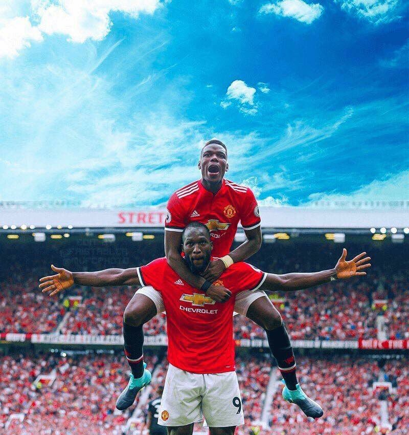 The best photo from the opening weekend of football   #Mufc #Pogba #lukaku<br>http://pic.twitter.com/qW2WoAxdtw