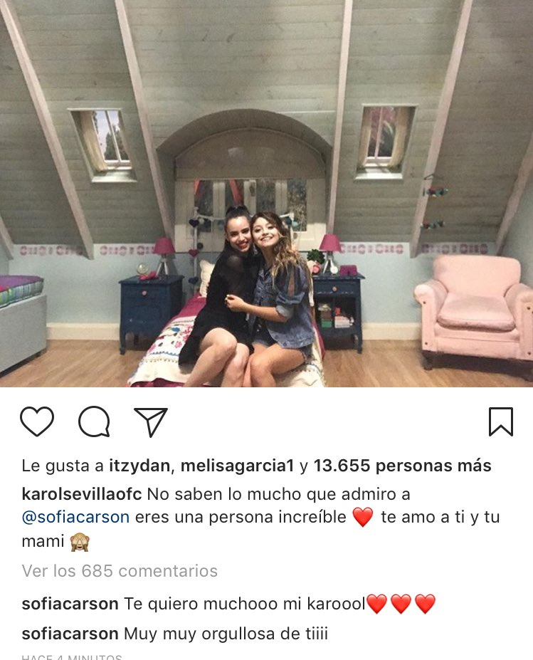 Las respuestas de @SofiaCarson a @karolsevilla ♥️😍  #KarolSevilla #KCAMexico #KCAColombia