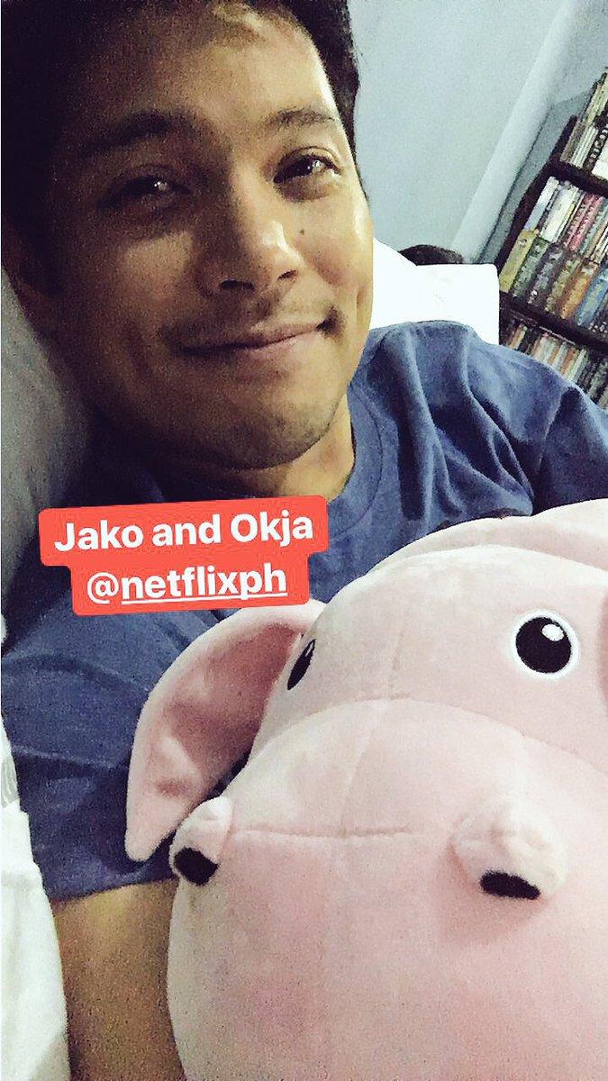 Jako, Okja, Okja, Jako. #Okja #Jako  @NetflixAsia (if you haven&#39;t seen it, go see the film. It&#39;s REALLY good.)<br>http://pic.twitter.com/3f6rfuRYt0