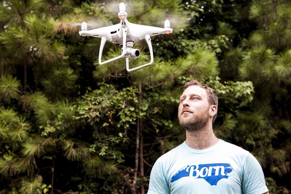Meet Daniel Rego - our DP who loves to capture amazing video images with cool tools #dji #movipro  @SonyProUSA @DJIGlobal @freeflysystems<br>http://pic.twitter.com/inPgnZ1pAN