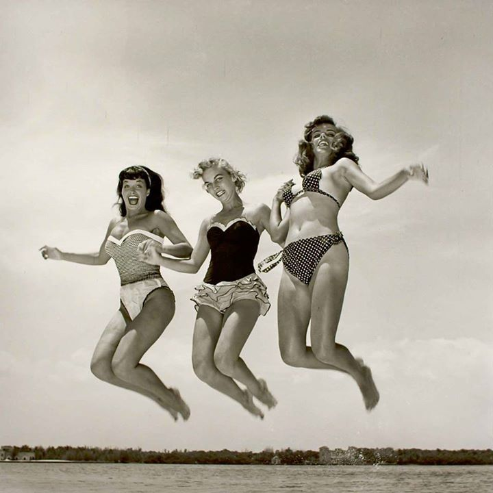 LOVE VINTAGE  - GET READY &amp; jump for joy as our our next #VintageFair is   . . . .THIS SATURDAY #Antiques #VintageClothing #lindybop<br>http://pic.twitter.com/shHtNqcWyH
