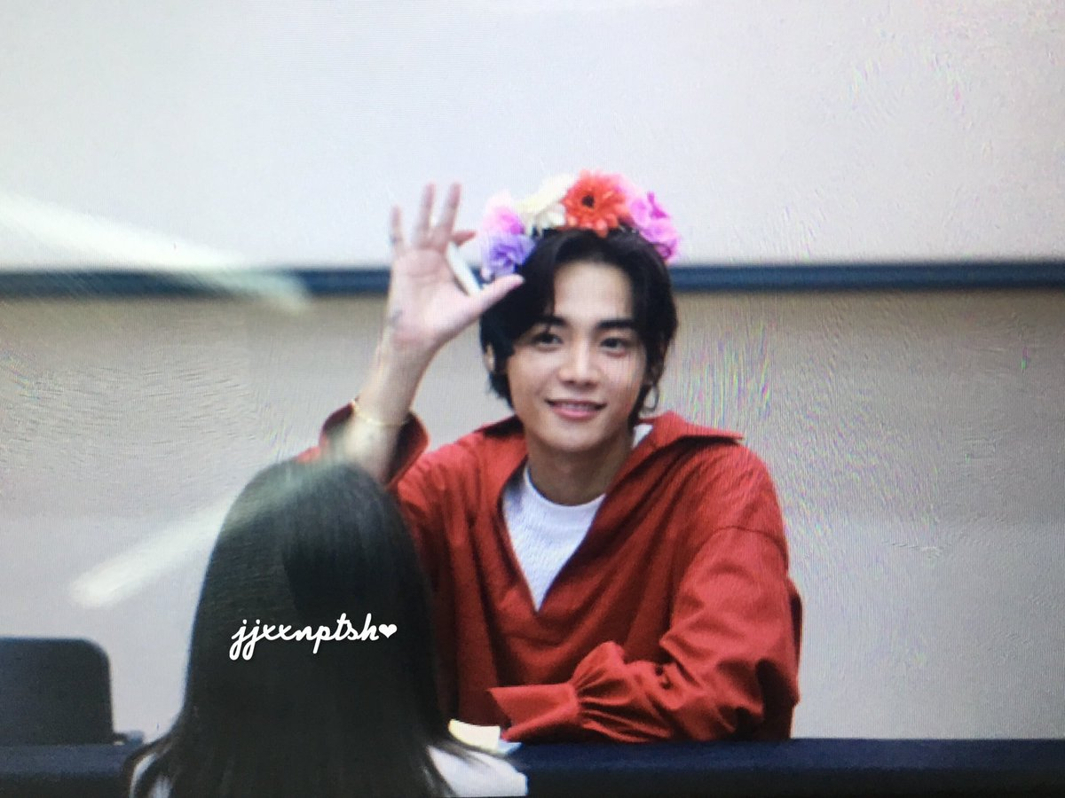 170815 preview &quot;ONE&quot; fan-sign #ONE #ONEDAY #정제원<br>http://pic.twitter.com/AdybkU9Ftg
