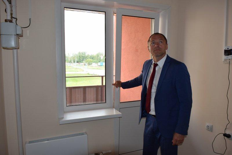 Николай Терехов проконтролировал ход строительства домов