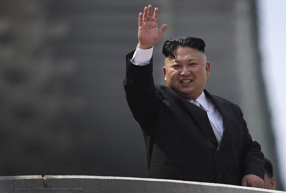 Kim Jong-un recua e afasta plano para disparar mísseis contra Guam https://t.co/B0Egf9gkGd #G1