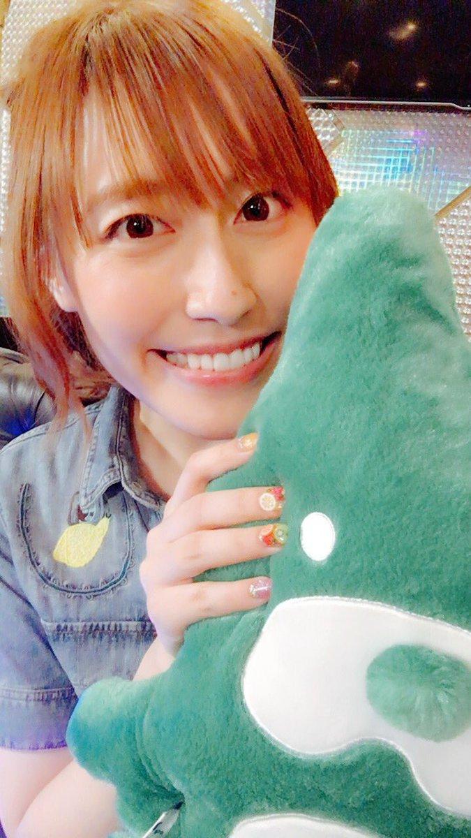 燃え尽きてきました。れいちゃんは力を使い果たした(笑)はぁ、楽しかった!!アニ雑団最高だぜ〜♪えりちゃんも、ゆりかちゃんも、えーちゃんも大好き。大好きなみんなで好きな曲を好きに歌う。幸せです(*^^*)♪来週は飯田友子ちゃんがゲスト!来週も見てね〜ヾ(*´∀`*)ノ pic.twitter.com/UT5KK9j6V0