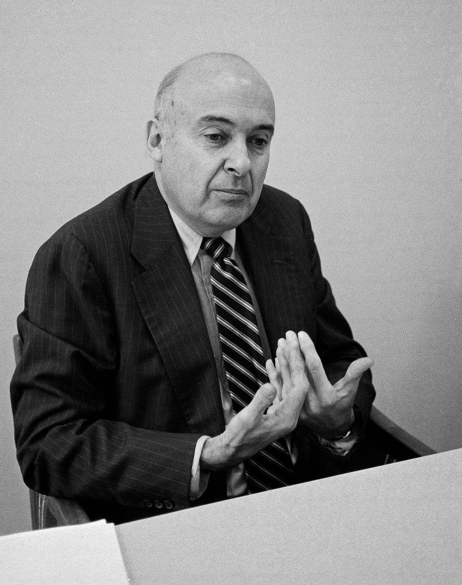 Marshall I. Goldman, Expert on Russian Economy, Dies at 87  http://www. kremlinology.net/marshall-i-gol dman-expert-on-russian-economy-dies-at-87/ &nbsp; …  #Kremlinologist #Kremlin #Russia #Kremlinology<br>http://pic.twitter.com/KJ6pd6sCKl