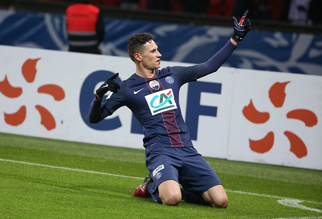 Amazing news coming out of Paris today, strong suggestions #PSG are willing to selling #Draxler to accommodate #Mbappe &#39;s arrival!  #Ligue1<br>http://pic.twitter.com/WrNL4LnlHl
