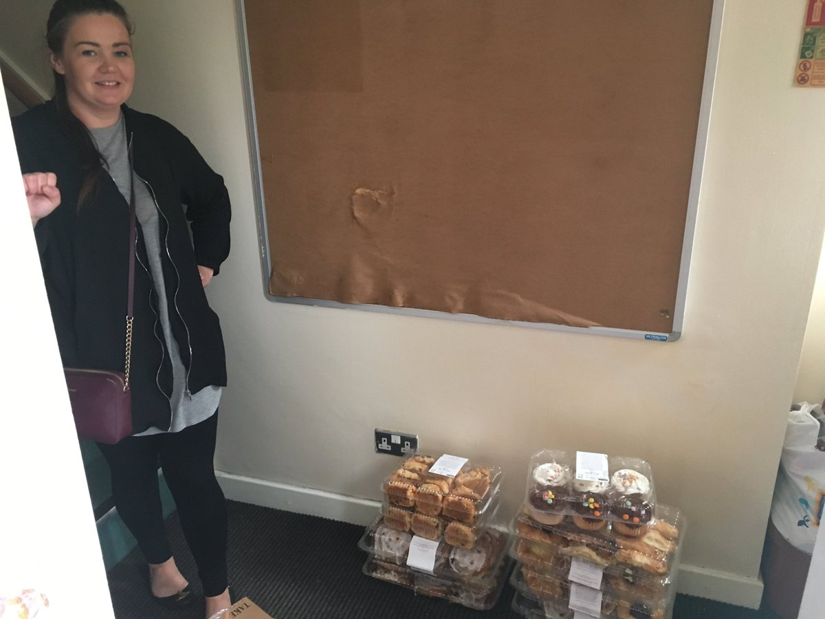 Yesterday&#39;s food donation to @L6Centre with plenty to go be shared amongst the local community  #foodwaste #community #Charity #SocEnt <br>http://pic.twitter.com/PLWwJQ0PFc