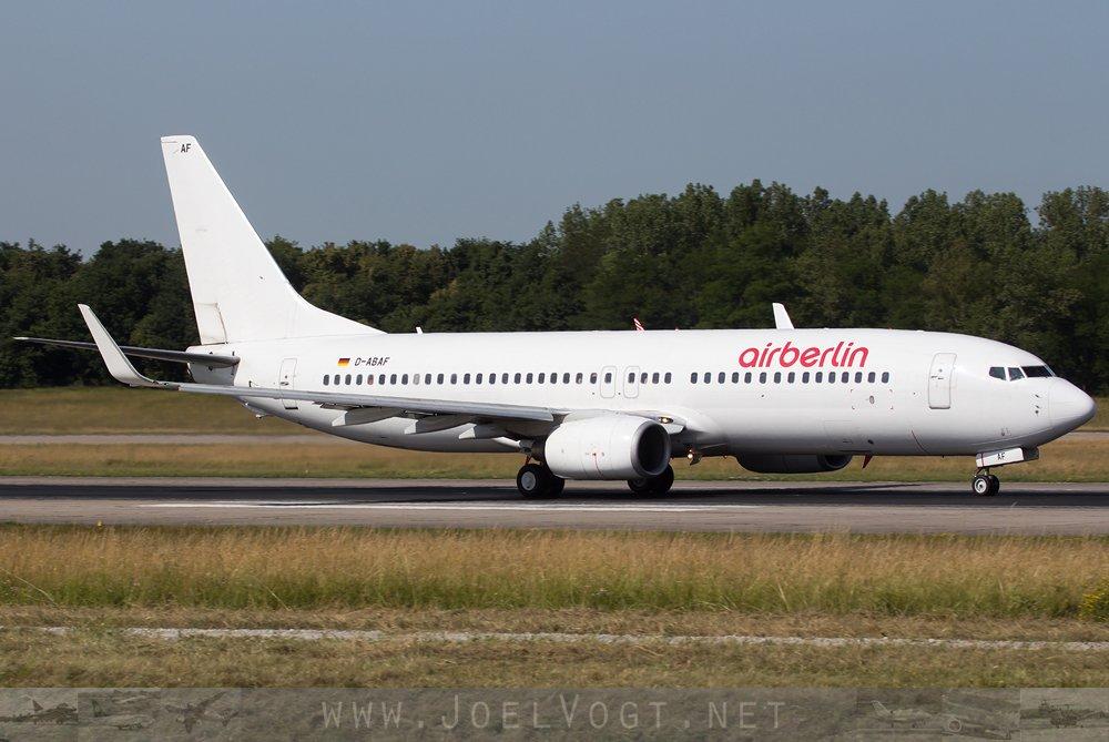 An #albino @airberlin #B737-800 at @BaselAirport    http://www. joelvogt.net/aviation/spott erbrowser/imgview.php?id=15901 &nbsp; …   #avgeek #aviation #airberlin #Basel #BSLmovements #travel<br>http://pic.twitter.com/lRjlIQdCE6