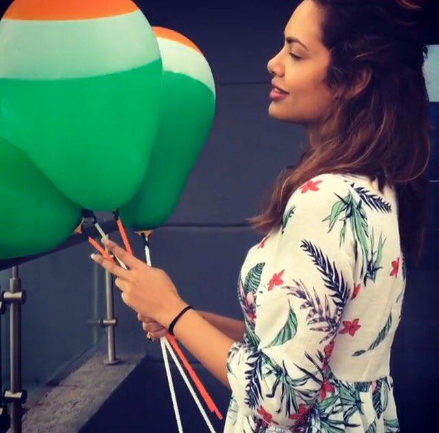 #Baadshaho Badass @eshagupta2811 shares a picture with #tricolour ball...