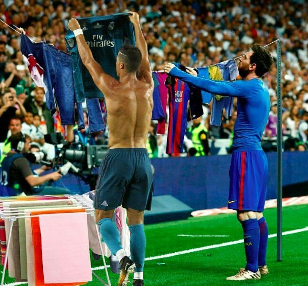 When the whole neighbourhood decides to do laundry but you have only one hanging line  #Mesi #Ronaldo #CR7 #Barca #Madrid #sportsFocusGroup<br>http://pic.twitter.com/BkmURSVbgg