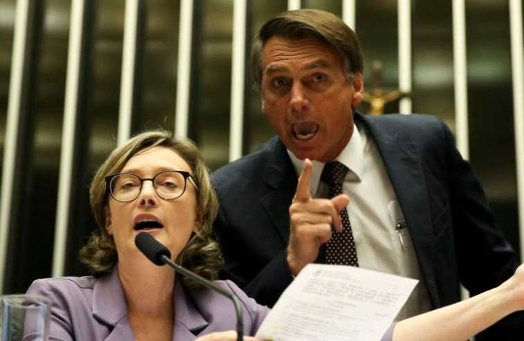 STJ condena Bolsonaro a pagar indenização de R$ 10 mil em danos morais a Maria do Rosário https://t.co/u1ocCaIzlI