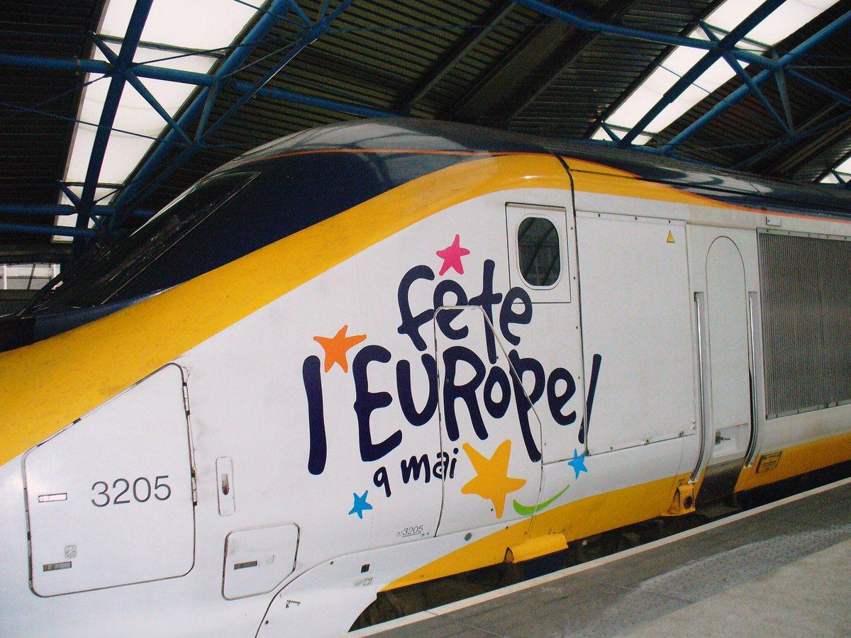 DHSBndqXUAAQ8v6 - Special livery Eurostars