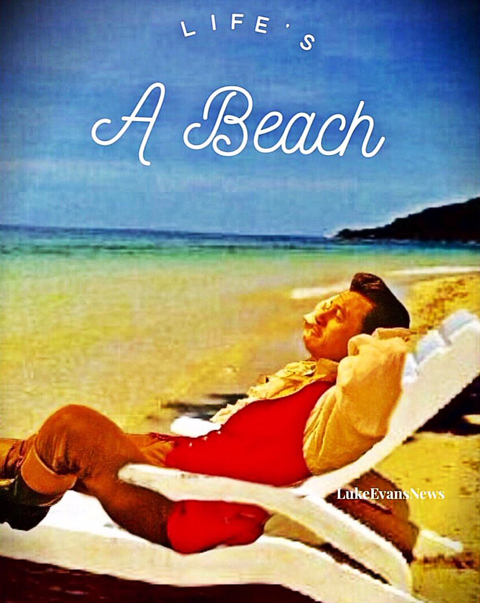 Happy  #NationalRelaxationDay from the beach! #LukeEvans #Gaston #beautyandthebeast<br>http://pic.twitter.com/soj4SGZzpi