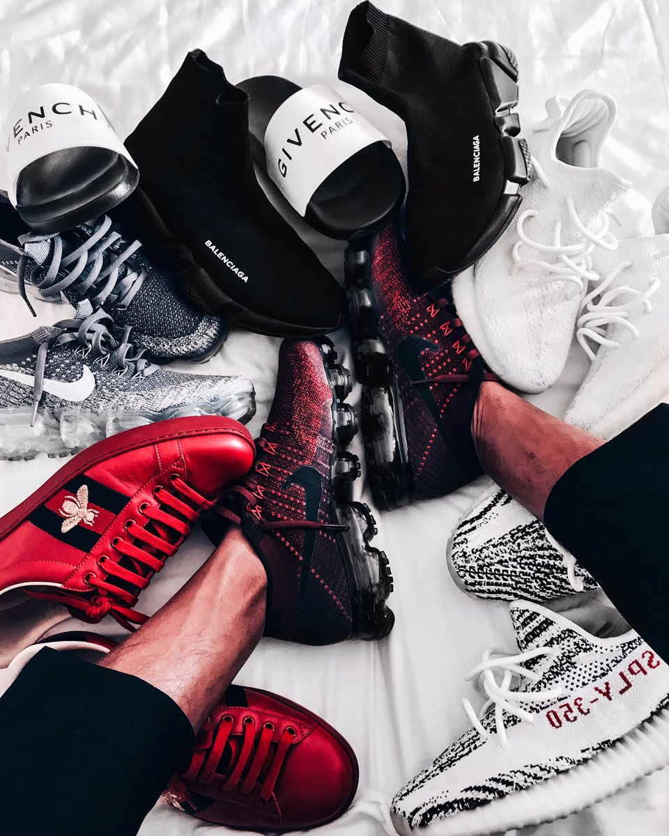 Had to bring a few toys with me. #hypebeast #hypelife #hypebeastkicks<br>http://pic.twitter.com/0oUOt6qFDx