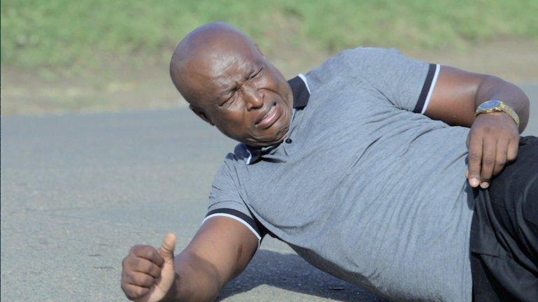 Zekhethelo is shocked to hear Nkunzi has been stabbed. Tune in to #UZA...