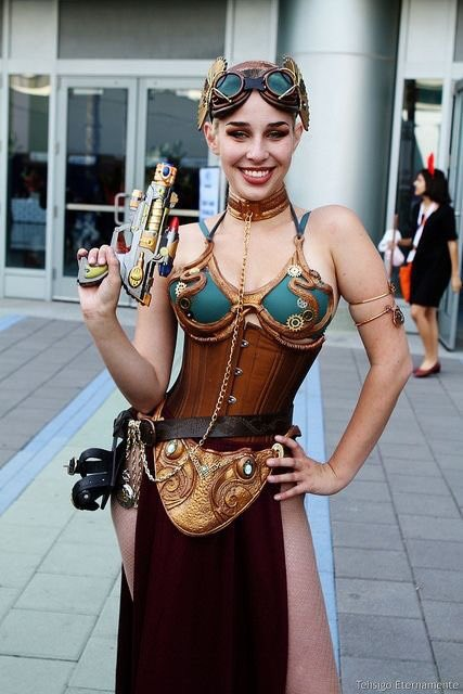 Steam punk slave Leia  #cosplay #cosplayer #cosplaying #StarWars<br>http://pic.twitter.com/js3rK6oe5S