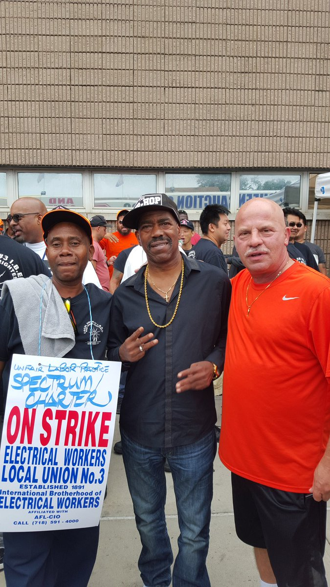 141 days still on strike but we got Support from kitis blow #local 3 <br>http://pic.twitter.com/dhuhSmrHcy