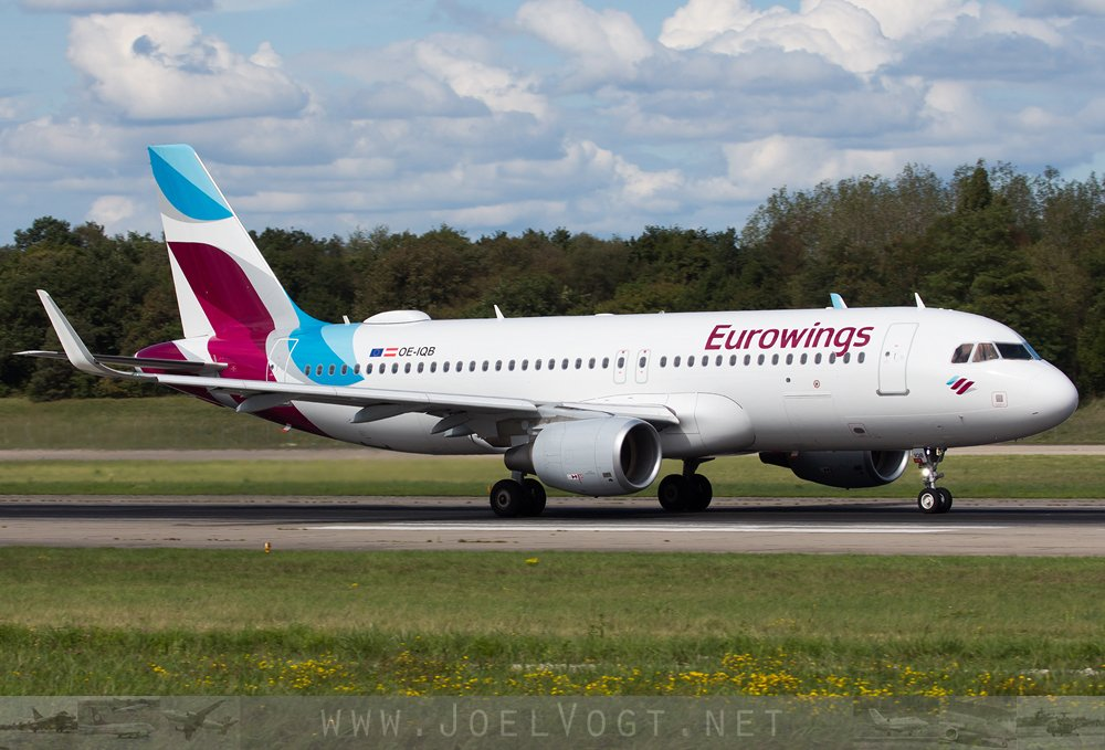 An @eurowings #A320 at @baselairport the other day:   http://www. joelvogt.net/aviation/spott erbrowser/imgview.php?id=15898 &nbsp; …   #avgeek #aviation #Eurowings #Basel #BSLmovements #travel<br>http://pic.twitter.com/x9XT8mU861