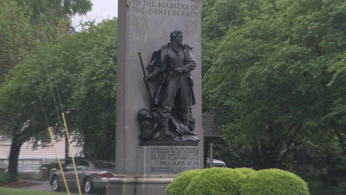 JUST IN: Gov. Roy Cooper calls for Confederate statues to come down in NC >>  https://t.co/ZWCxj399Zj
