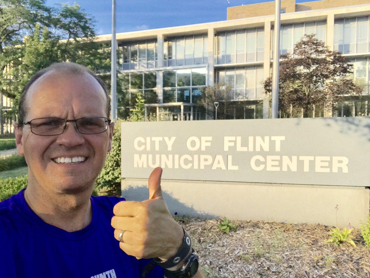 #CityHallSelfie Day No. 12 - My hometown - After a downtown run training for #Crim!! @CrimFit @City_of_Flint @DPGilmartin  @SummerMinnick<br>http://pic.twitter.com/0Hb4vdUQdP
