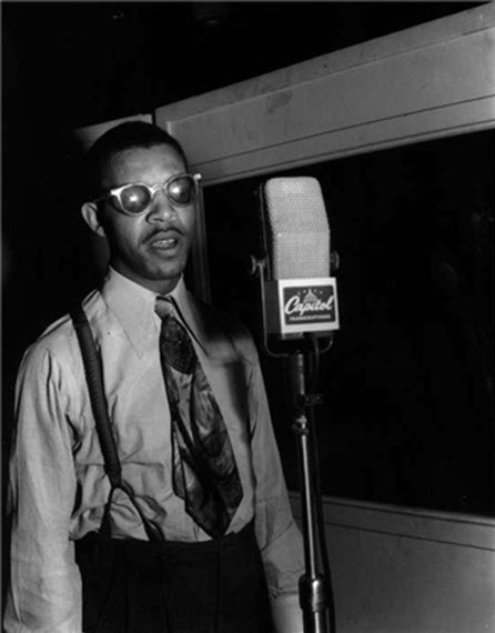 #HappyBirthday Al Hibbler (August 16, 1915 – April 24, 2001) #NowPlaying A Meeting Of The Times(1965)  https:// youtu.be/dDK1zAvCp_0  &nbsp;   @YouTube #Jazz<br>http://pic.twitter.com/N74PO15EmW