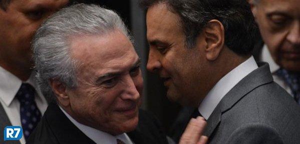 Aécio garante que PSDB segue no governo mesmo que perca pastas https://t.co/z6CBfGy32s