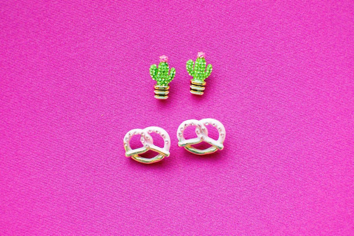 How cute are these  and  yogurt covered pretzel stud earrings?   http:// liketk.it/2soZi  &nbsp;   #liketkit #fashionblogger #jewelry #earrings<br>http://pic.twitter.com/IfJkk3rEMK