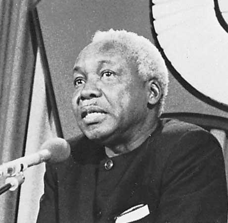 &quot;Argue, don&#39;t shout.&quot; - Julius Nyerere #Tanzania #reason #logic #argument<br>http://pic.twitter.com/6ZJGvz5Npy