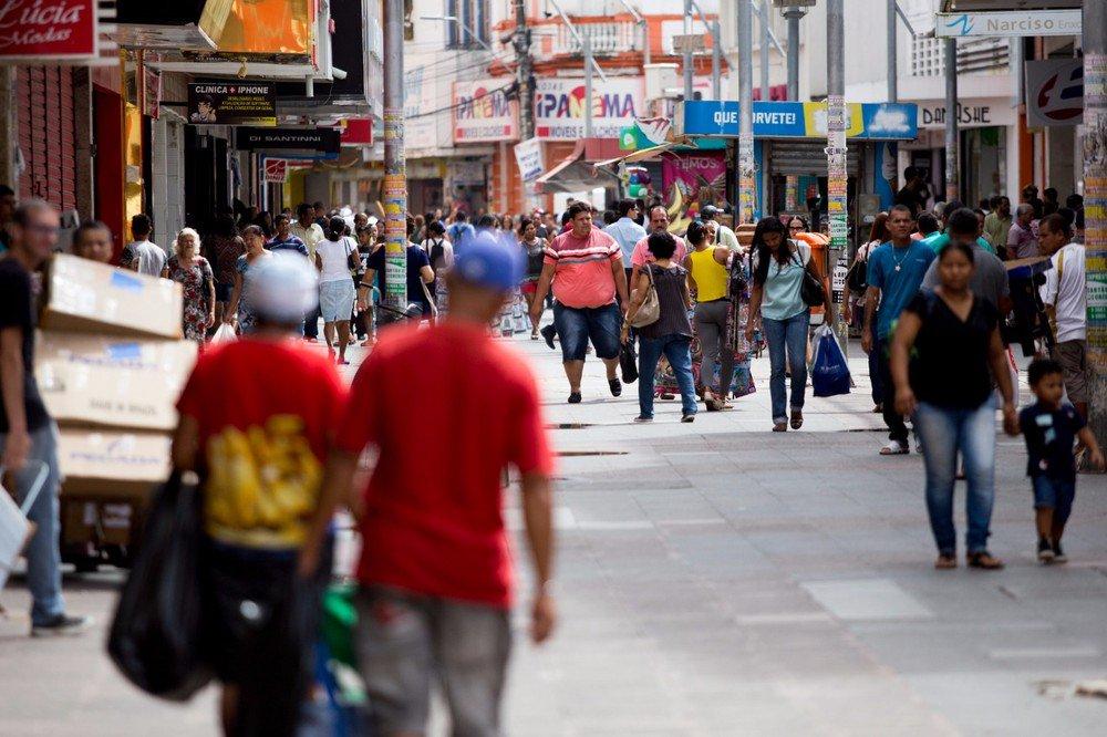 Inadimplência atinge 41,8% dos consumidores em Alagoas, diz Serasa https://t.co/Sfg09oYBXX #G1