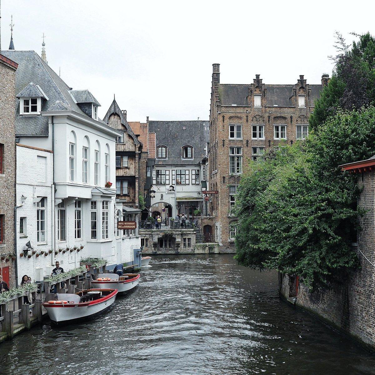 Lovely #brugge  @VisitBruges @brugge @visitflanders @belgiumbe @tourismebelge @FlandresTV @OlympusFRA @getolympus #bruges #belgique <br>http://pic.twitter.com/AdNQvPhKk9
