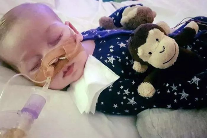 Charlie Gard's parents to use £1.3million donated to set up charity in his name: https://t.co/ALuydqJ0PD