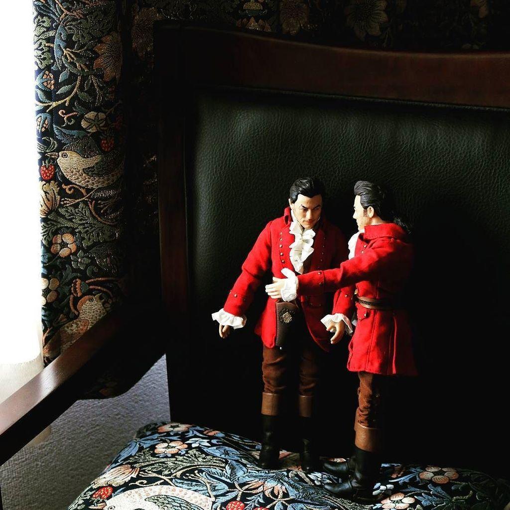 Gastons live in my room these days.  #onmychair #inmyroom #gaston #beatyandthebeast  #gastonbeautyandthebeast #ilo…  http:// ift.tt/2vHL7YI  &nbsp;  <br>http://pic.twitter.com/GsjPCu8J9G