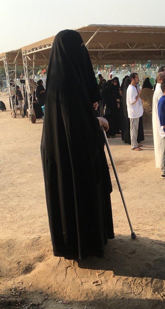 هذه الصورة... تلخص وجع الكويت كلها..😪  #الكويت_تبكي_عبدالحسين_عبدالرضا...