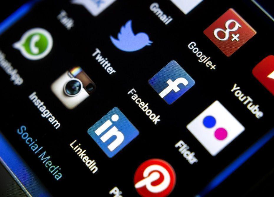 Press Release: &#39;LandHub Launches Social Media Management Platform&#39;  http:// bit.ly/2w8xapK  &nbsp;    #socialmediamarketing #PressRelease #buyland<br>http://pic.twitter.com/ZayP4795Ud