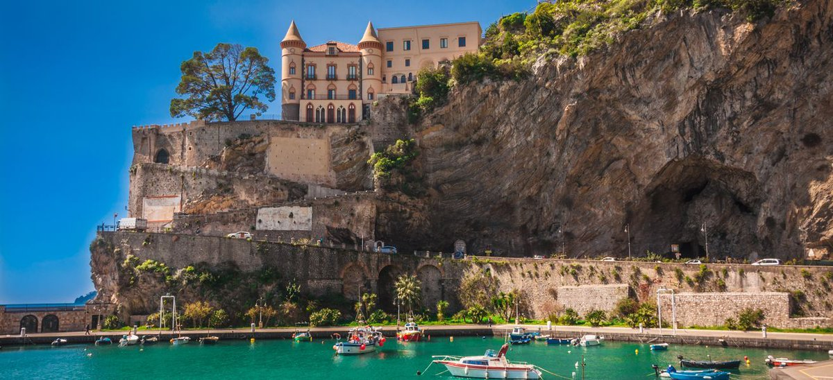 Spectacular view of the #castle of Maiori on the #Amalficoast  #Travel #Beautiful #Italy<br>http://pic.twitter.com/q1L5dAGdNa
