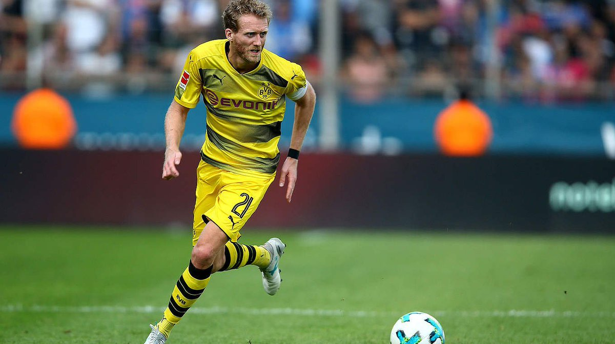 ☹️ @BVB's @Andre_Schuerrle is facing another four weeks on the sidelin...