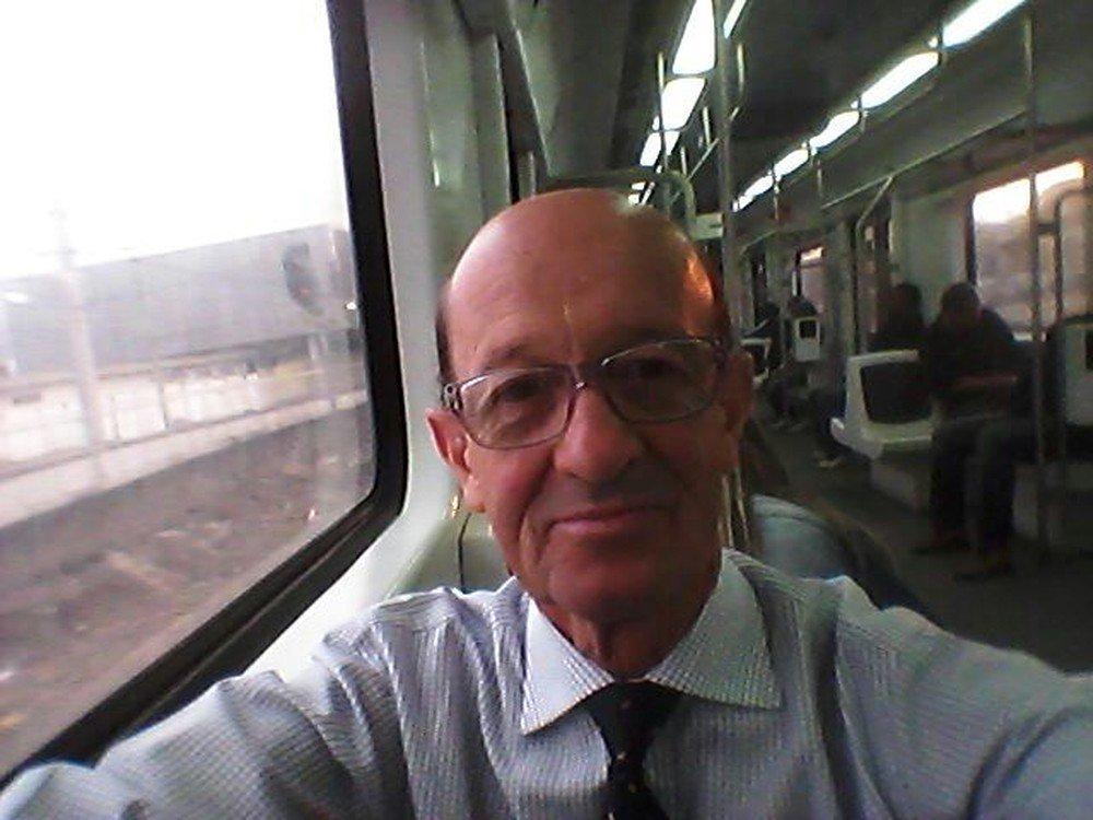 Ex-executivo de SC que vive em aeroporto do RJ consegue emprego: 'obrigado a todos' https://t.co/Vw40QdSNDQ #G1