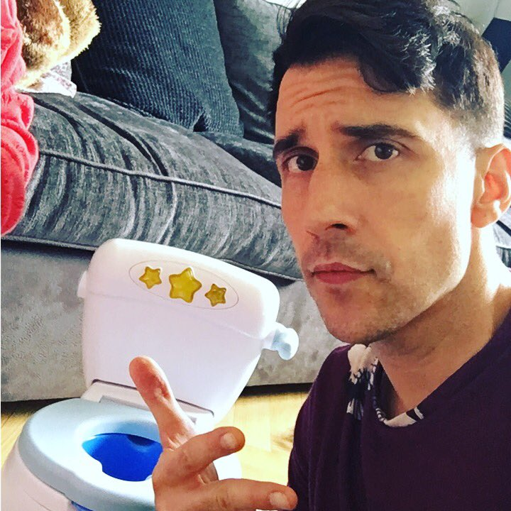 Shout out to all my mandem potty training in my postcode https://t.co/eFbRTMpY4E