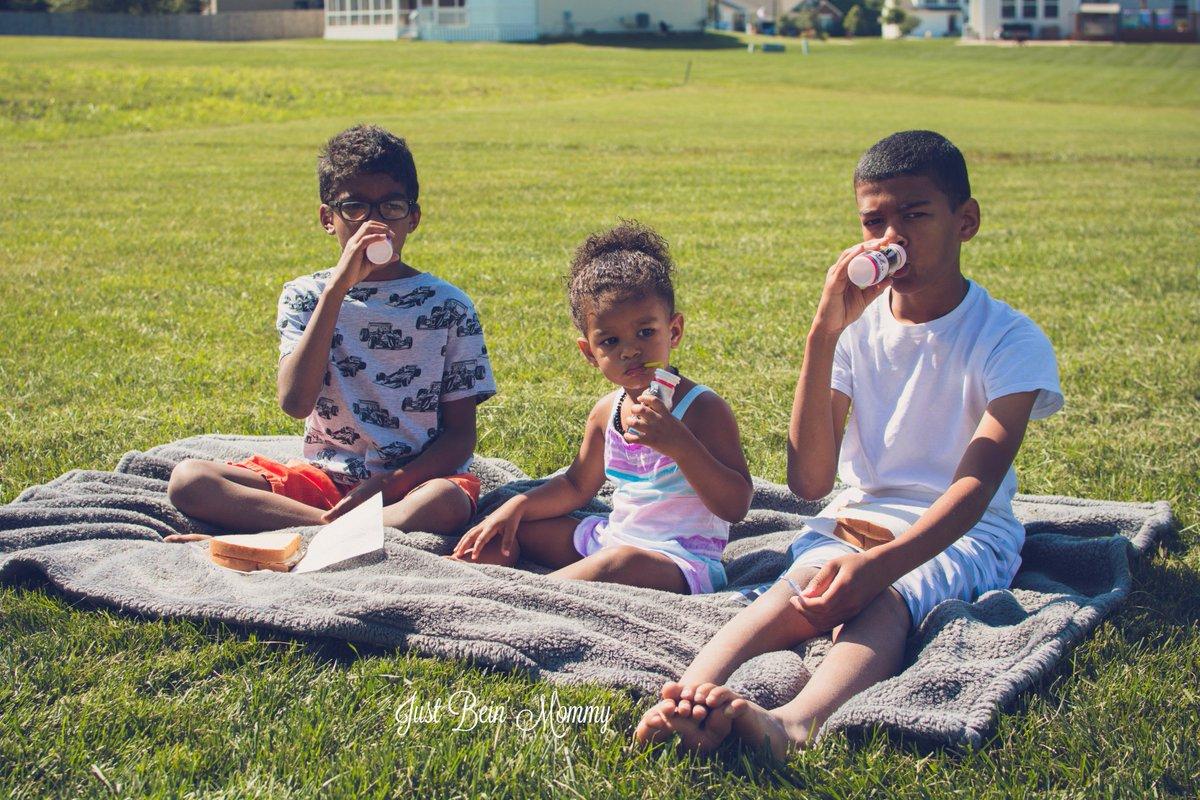 Sippable yogurt for summer? My children rejoice! #DanimalsDoesSummer #ad ➡️ https://t.co/ibh3rkWtVg  ⬅️ https://t.co/S47RsHaVAG