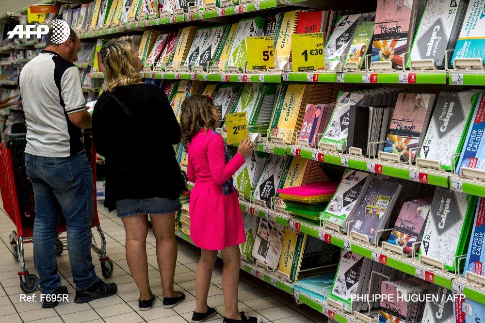 Rentrée: coût en baisse au primaire et au collège, en hausse au lycée https://t.co/TNYwP4N5Lb #AFP