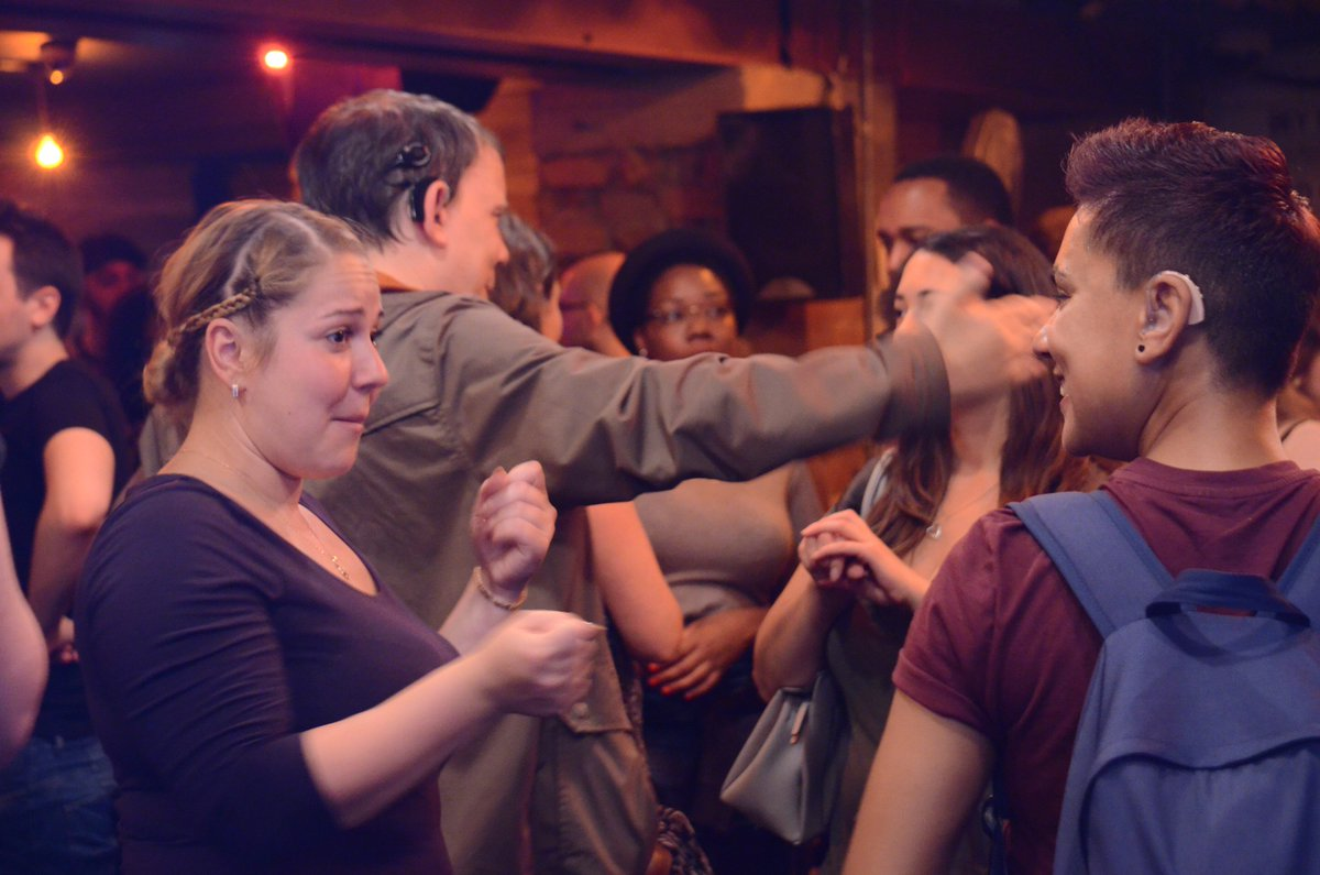 Thanks to everyone who joined us last Saturday for networking and a few short films! See more photos here:  http:// facebook.com/pg/thefilmbunc h/photos/?tab=album&amp;album_id=1928375387404226 &nbsp; …  #socent <br>http://pic.twitter.com/IEuMERBsxW