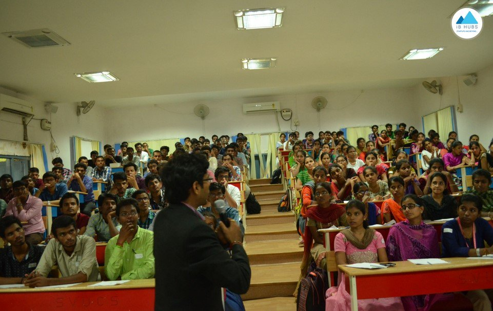 To enable youth to choose right careers, we&#39;ve conducted awareness workshop on &#39;#Entrepreneurship &amp; #EmergingTechnologies&#39; at SVU &amp; CREC.<br>http://pic.twitter.com/JTz61snbpY