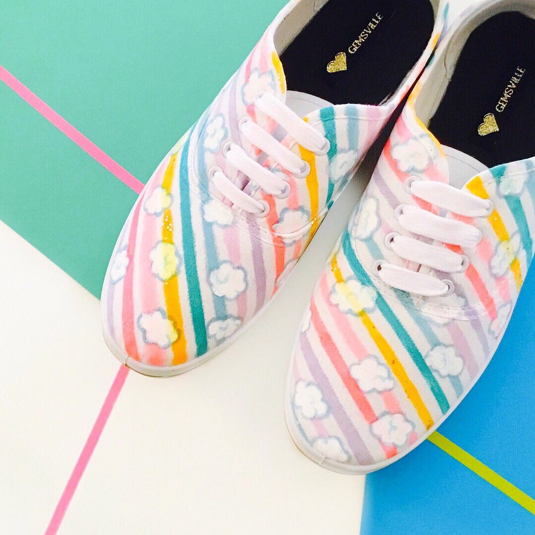 Colourful striped number   http:// gemsville.etsy.com  &nbsp;   #handmadehour #illustration #drawing #design #rainbow #colourful #custom #shoes #shoeart<br>http://pic.twitter.com/s1YuqTWfn6