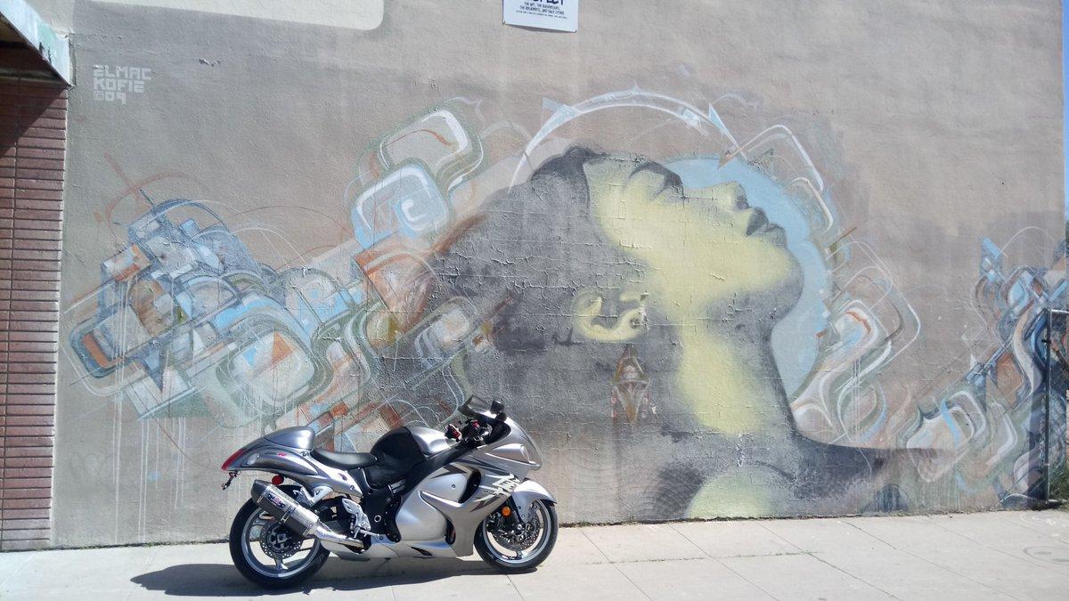 Haven't posted one of these in a while. #azgraffiti #bikelife #hayabusa #busa #busabro #phoenixaz #wallart #dopepic #realbikes #suzuki<br>http://pic.twitter.com/WsUXF7fkFL