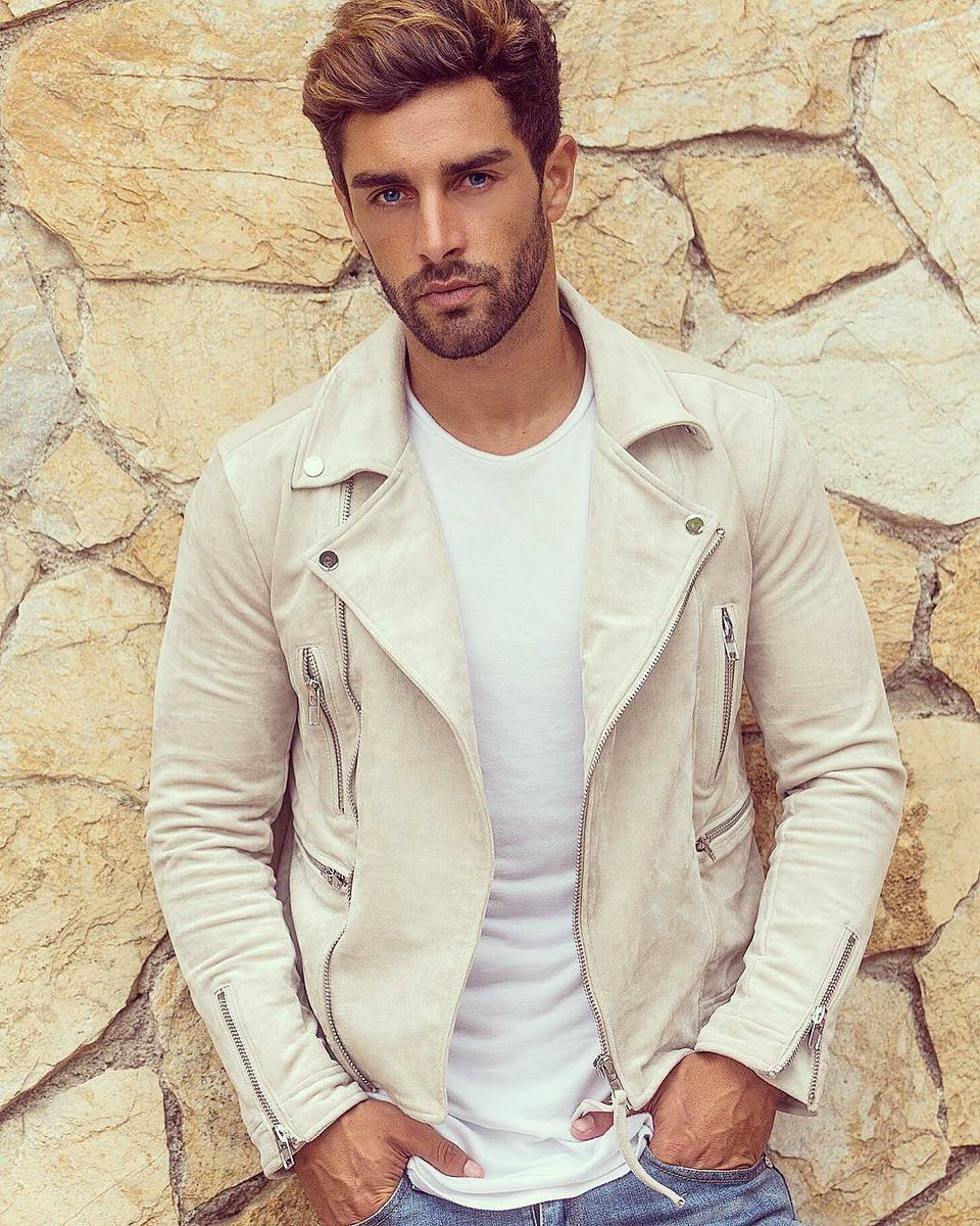 @valentinleonar is killing this white suede biker jacket!!!  #Mensfashion #menswear #style #Nice #StreetStyle #streetwear<br>http://pic.twitter.com/klYO9a8IDN